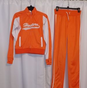 Hooters Track Suit Small SM Tall